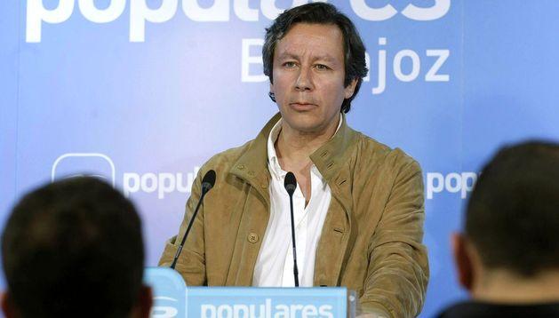El vicesecretario general de Organización y Electoral del partido Carlos Floriano
