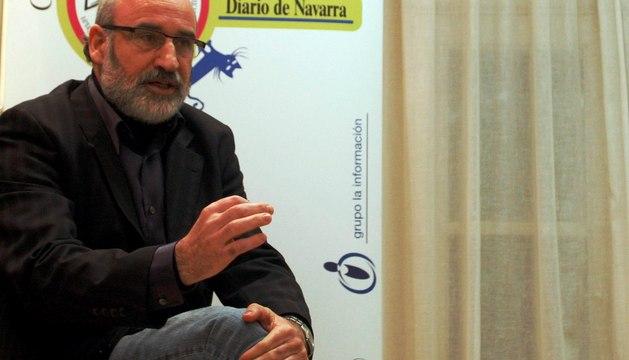 Fernando Aramburu, en el Club de Lectura de Diario de Navarra en noviembre de 2011
