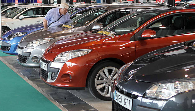 Feria de vehículos de ocasión celebrada recientemente en Refena
