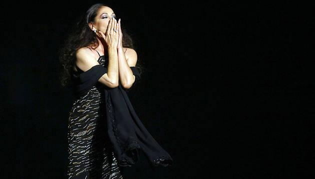 La tonadillera Isabel Pantoja durante el primer concierto tras ser condenada por blanqueo de capitales.
