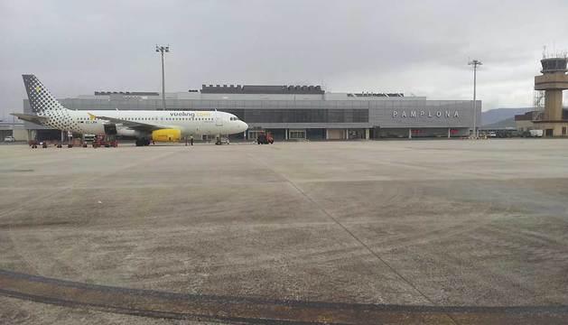 Imagen de una de las pistas de aterrizaje del aeropuerto de Noáin.