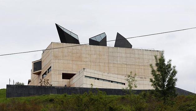 El Museo Oteiza a acogido este miércoles la presentación de las actividades que se celebrarán el próximo domingo para conmemorar el décimo aniversario del museo.