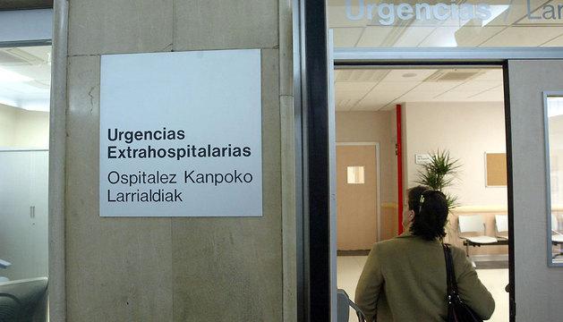 Acceso a las urgencias extrahospitalarias del ambulatorio San Martín.