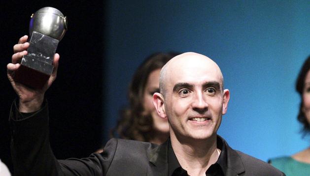Alfredo Sanzol recoge el premio a la mejor autoría teatral en castellano por