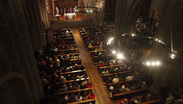 La iglesia de San Nicolás, durante el funeral de Alfredo Landa.