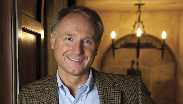 El escritor Dan Brown.
