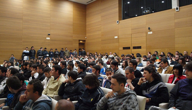 Alumnos participantes en las jornadas de Civican.