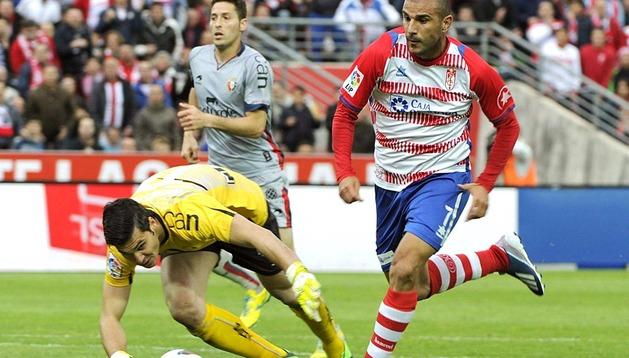 Osasuna salió derrotado del estadio Los Cármenes por un claro 3 a 0 con goles de El Arabi, Siqueira y Buonanotte.