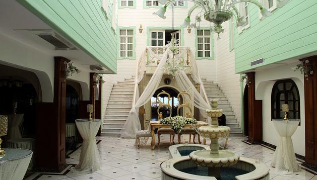 Interior del Fuat Pasa Yali, una mansión otomana reconvertida en hotel.
