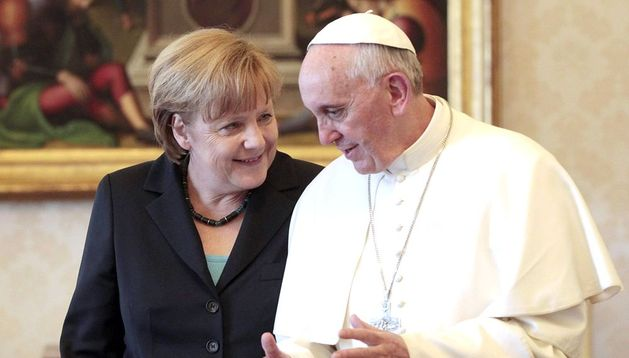 Encuentro entre el papa Francisco y Angela Merkel.