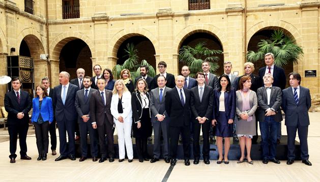 Los consejeros de Cultura de las comunidades autónomas junto al ministro José Ignacio Wert