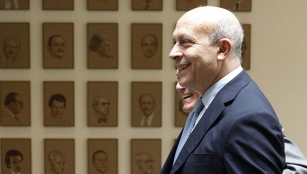 El ministro de Educación, Cultura y Deporte, José Ignacio Wert, a su llegada a la sesión de control al Gobierno que se celebré en el Senado