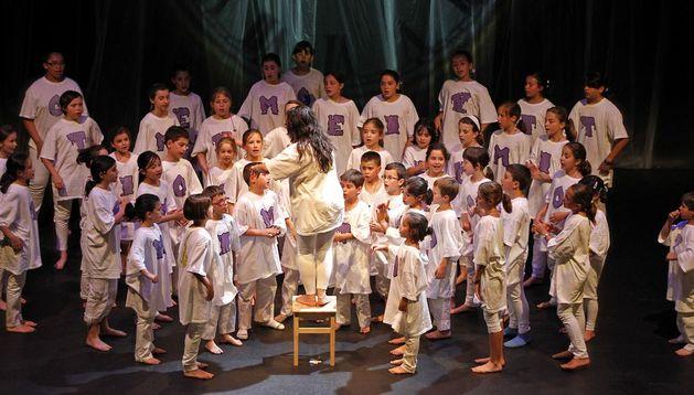 Un momento de la actuación del Coro Infantil.