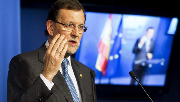 El presidente del Gobierno, Mariano Rajoy, durante la rueda de prensa ofrecida tras la reunión extraordinaria de Jefes de Estado y de Gobierno de la UE celebrada en Bruselas