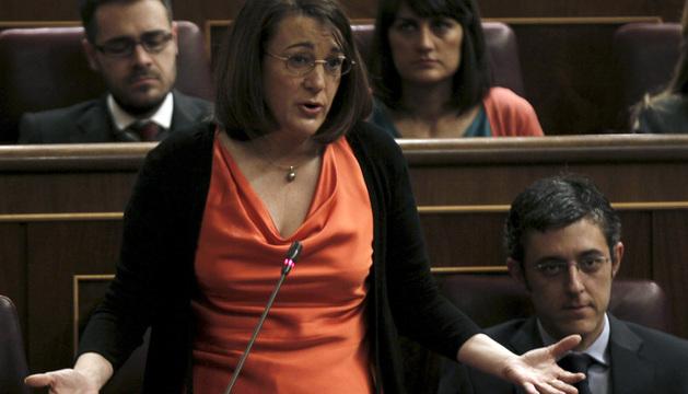 La portavoz parlamentaria socialista Soraya Rodríguez, durante su intervención en la sesión de control al Gobierno.