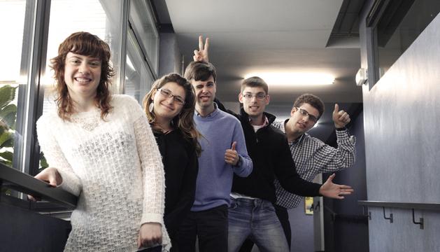 De izquierda a derecha: María José Ballelli, Kati Sornoza, Gonzalo Montes, Jon Sempere y Miguel Sorroche. Falta Fermín Yerro, por enfermedad.