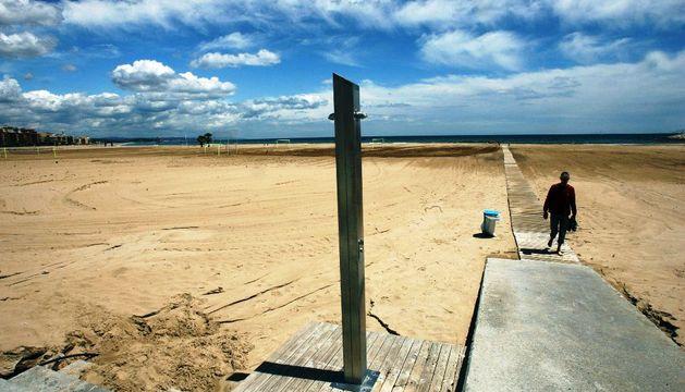 Imagen de la playa de Torredembarra (Tarragona), este mes de mayo.