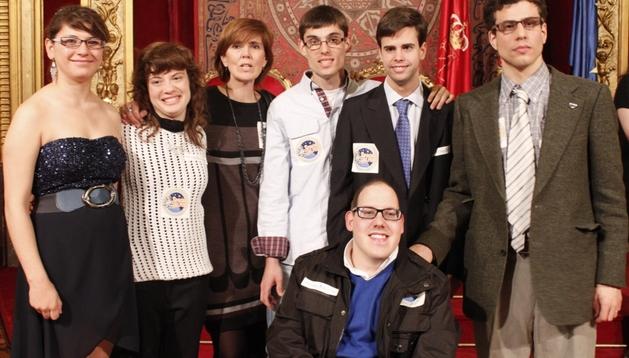 Los ESpcpieAlistas, en el Salón del Trono del Palacio de Navarra