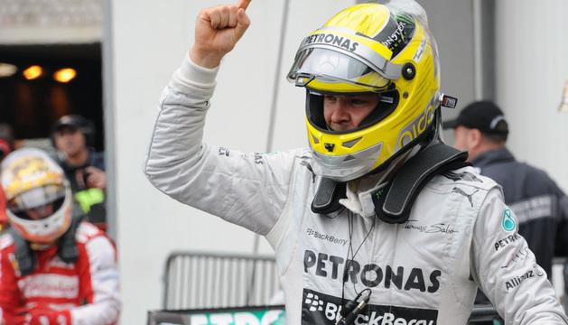 Nico Rosberg celebra la clasificación.
