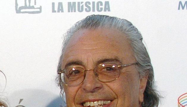 Fotografía de archivo del 21 de abril de 2005 del compositor Alfonso Santiesteban.