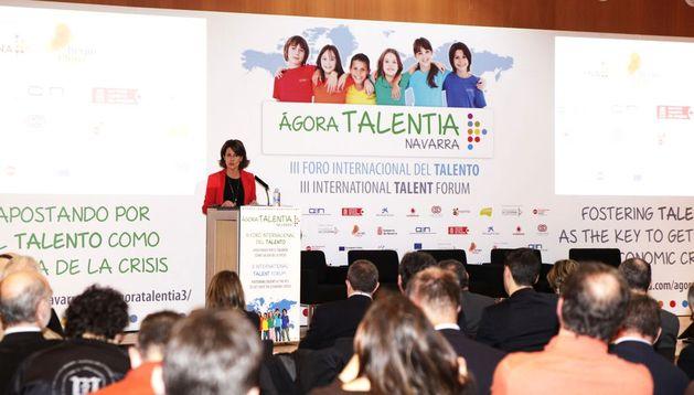 Yolanda Barcina, en un momento de su intervención en el III Foro Internacional del Talento Ágora Talentia.