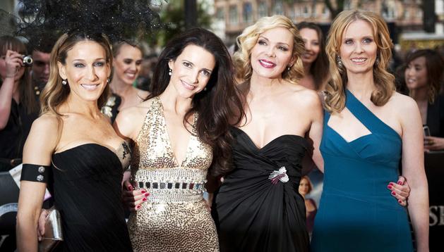 Las actrices Sarah Jessica Parker, Kristin Davis, Kim Catrall y Cynthia Nixon, de izquierda a derecha, en un estreno en Londres en mayo de 2010