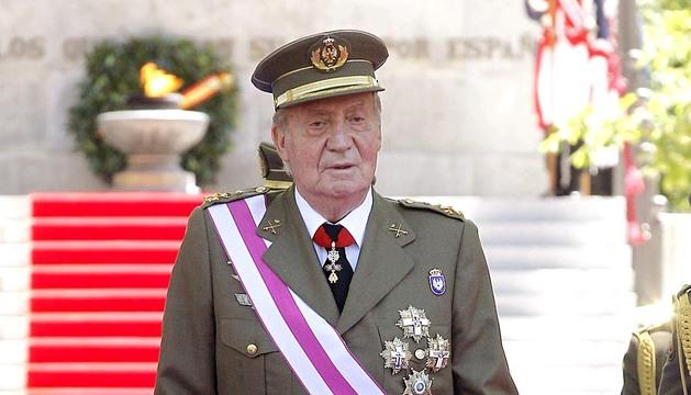 Los Reyes don Juan Carlos y doña Sofía y los Príncipes de Asturias asistieron al acto central del Día de las Fuerzas Armadas celebrado en Madrid.
