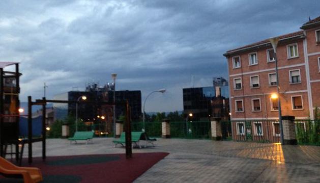 Aspecto que presentaba Pamplona tras la tormenta.