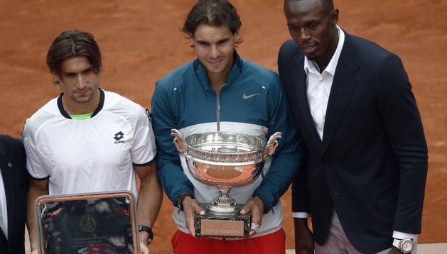 Ferrer y Nadal, junto a Usain Bolt, en la ceremonia de entrega de trofeos de Roland Garros