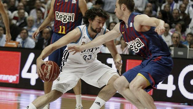 Real Madrid y Barcelona se juegan el título de la liga ACB de baloncesto