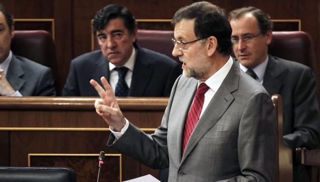 El presidente del Gobierno, Mariano Rajoy , durante su intervención en la sesión de control al Gobierno, celebrada en el Congreso de los Diputados