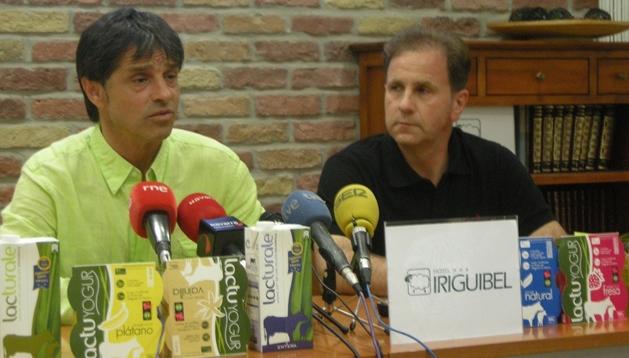 José Antonio 'Tatono' Arregui y Vicente Oyarzun, presidente y vicepresidente del Club Deportivo Xota