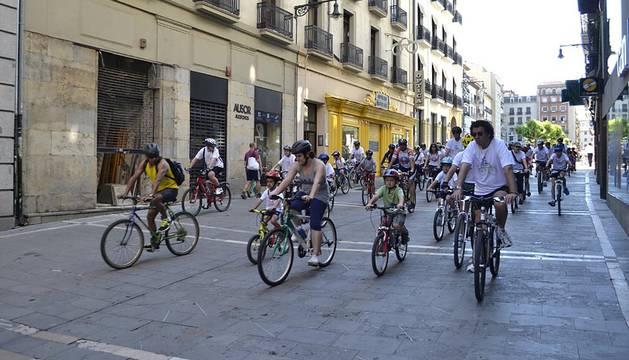 La peña ciclista El Gesto organizó la decimoctava edición de la prueba este domingo, que reunió a 4.500 ciclistas bajo el sol.