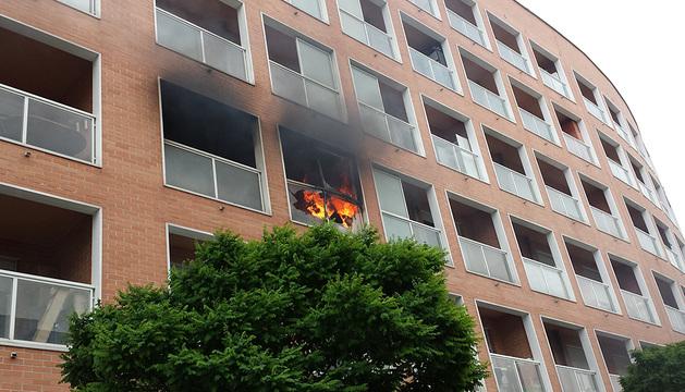 El incendio se ha producido en la terraza de la vivienda.