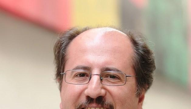 Profesor de la Universidad de Navarra