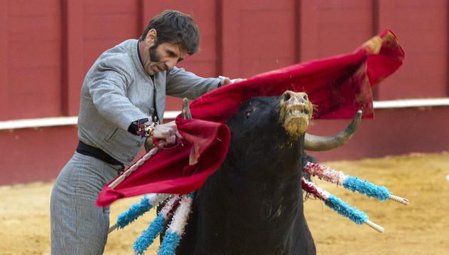 El torero Juan José Padilla, en la plaza de toros de La Malagueta.