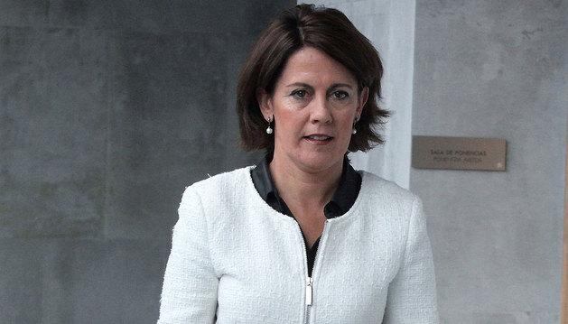 Yolanda Barcina en el Parlamento de Navarra