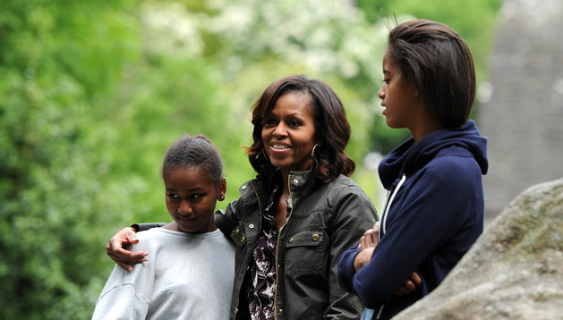 Michelle Obama junto a sus hijas en Wicklow