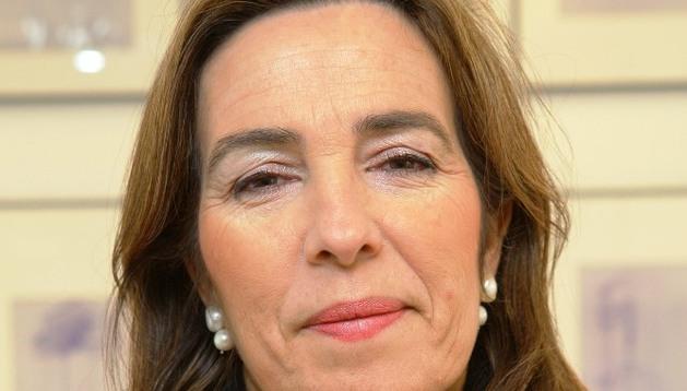 Reyes Calderón, decana de la Facultad de Económicas