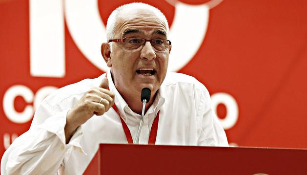 Una de las intervenciones del reelegido secretario general de UGT, Juan Goyen, durante en congreso celebrado en Navarra.