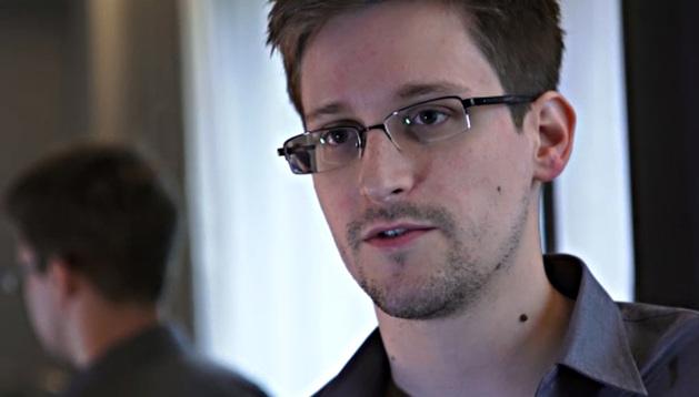 Edward Snowden fue técnico de la CIA y trabajador externo de la Agencia Nacional de Seguridad de EE UU.