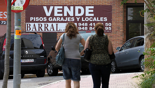 La demanda de locales comerciales en Navarra en venta es baja y se ha agravado con la crisis económica