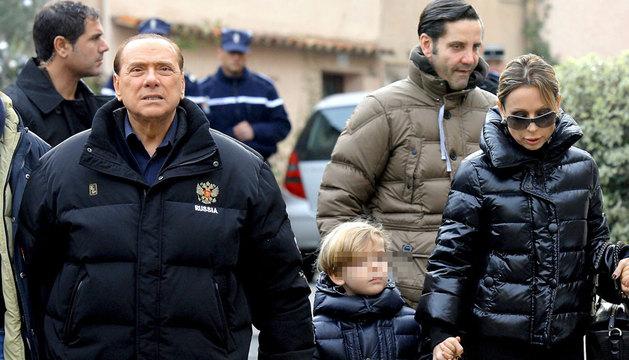 Silvio Berlusconi y su hija Marina, en 2010.
