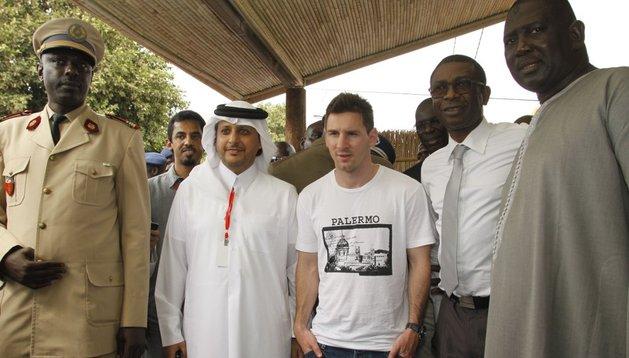 Leo Messi se encuentra de visita humanitaria en Dakar, Senegal