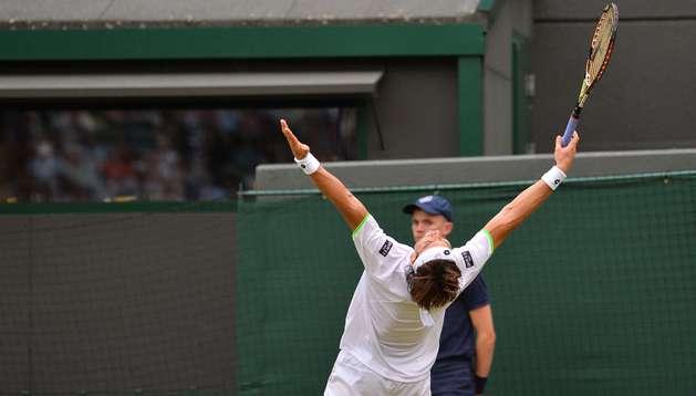 El tenista español David Ferrer celebra la trabajada victoria sobre el ucraniano Oleksandr Dolgopolov