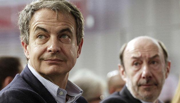 Zapatero y Rubalcaba, juntos en Ferraz.