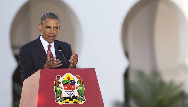 Obama, durante la rueda de prensa en Dar Es Salaam, Tanzania.