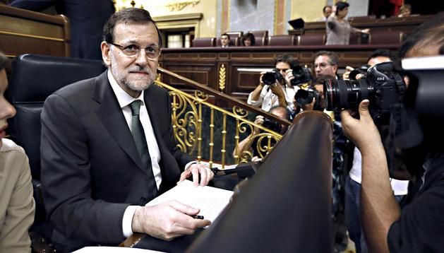 El presidente del Gobierno, Mariano Rajoy, en el pleno del Congreso de los Diputados, donde comparece este martes para informar sobre el último Consejo Europeo