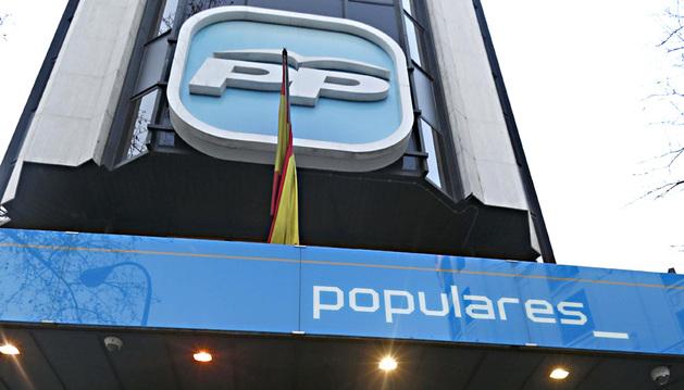 Entrada de la sede del PP, en la Calle Génova de Madrid