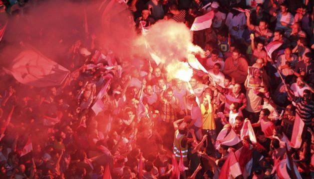 Cientos de egipcios participan en las revueltas contra Mursi